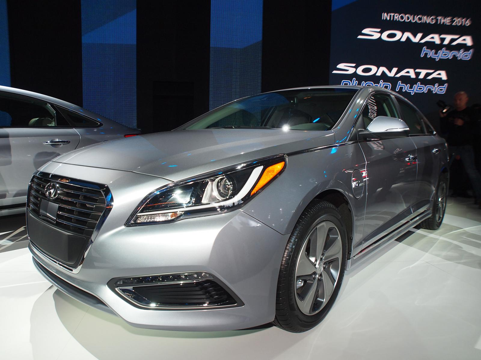 2016 HYUNDAI SONATA PLUGIN HYBRID EXPECTED TO DELIVER CLASSLEADING