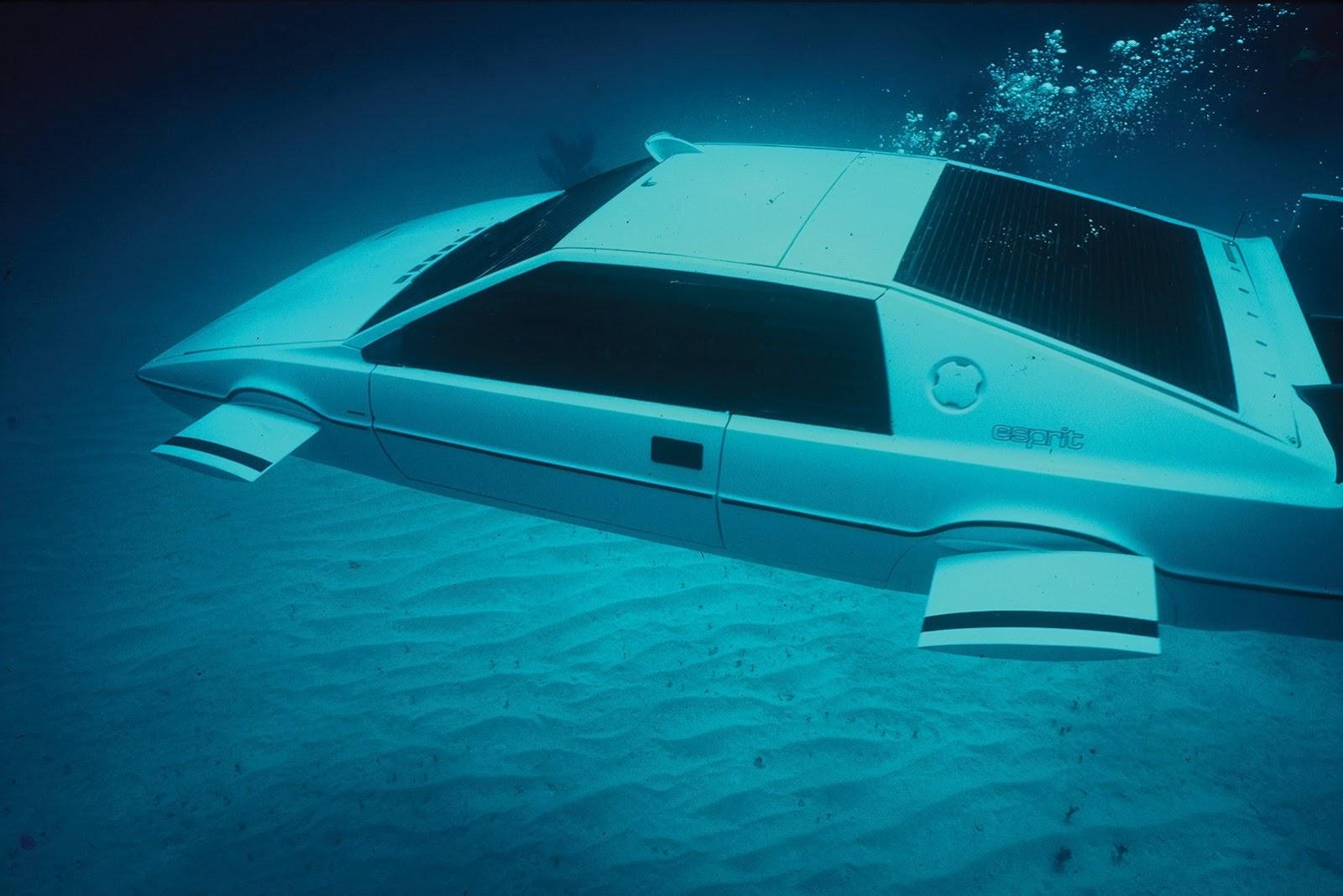 1977-lotus-esprit-submarine-james-bond-12