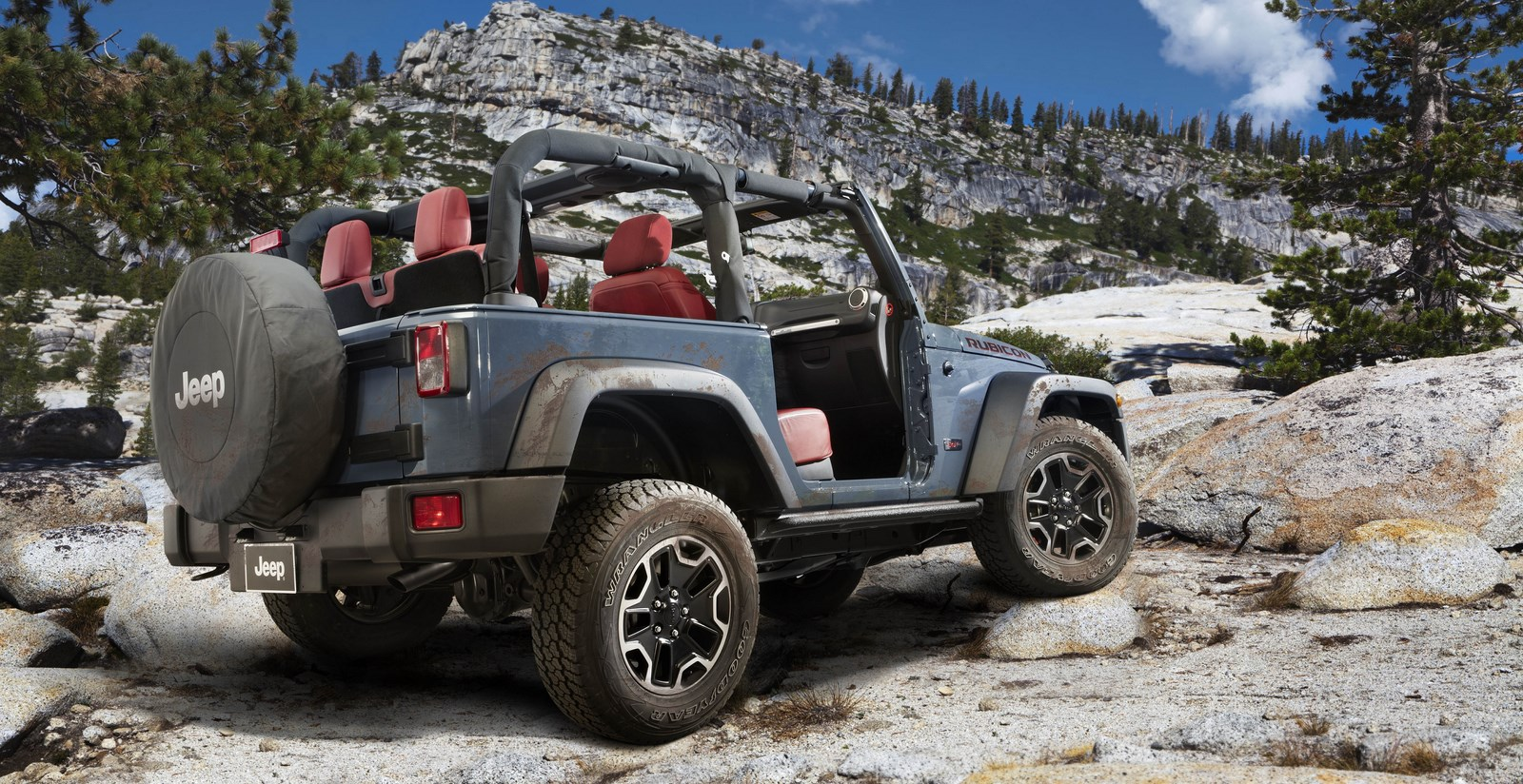 2014 Jeep Wrangler Interior Features Including Deluxe ...