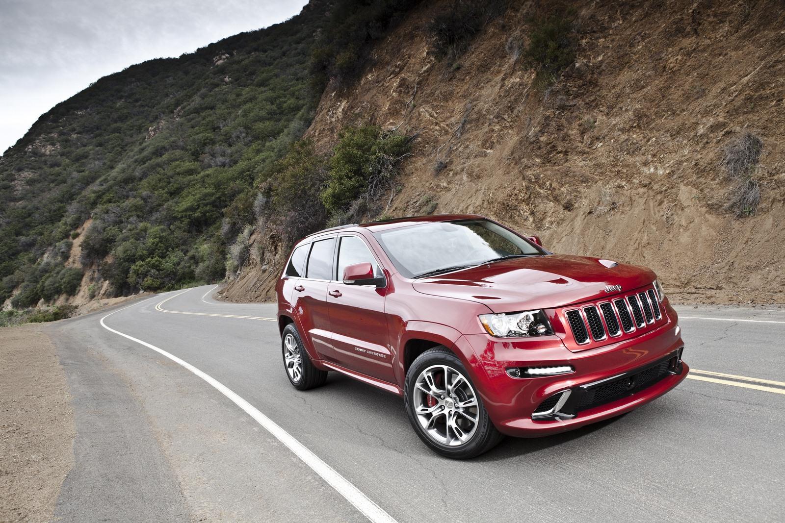 красный автомобиль джип ford sport trac red car jeep  № 3085882 загрузить