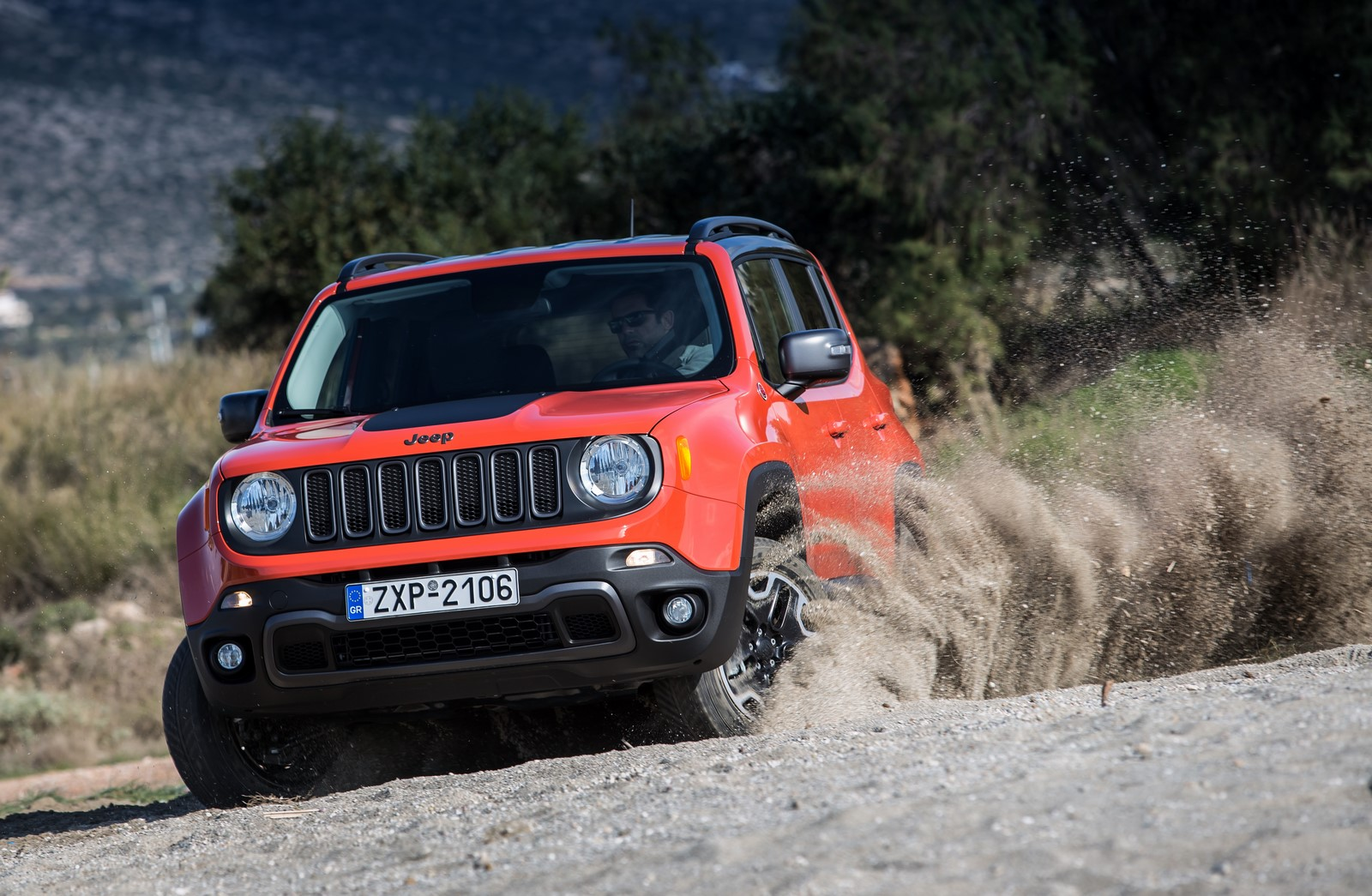 test drive jeep renegade 7. Black Bedroom Furniture Sets. Home Design Ideas