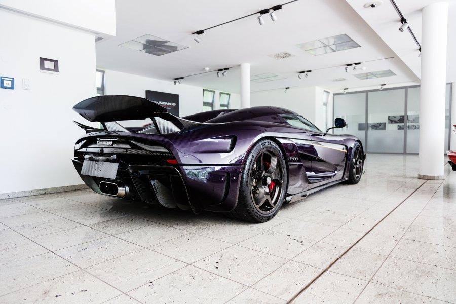 Koenigsegg-Regera-purple-carbon-for-sale-1