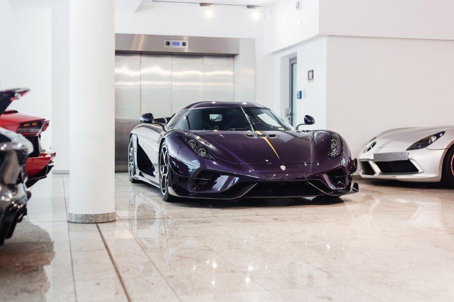 Koenigsegg-Regera-purple-carbon-for-sale-7