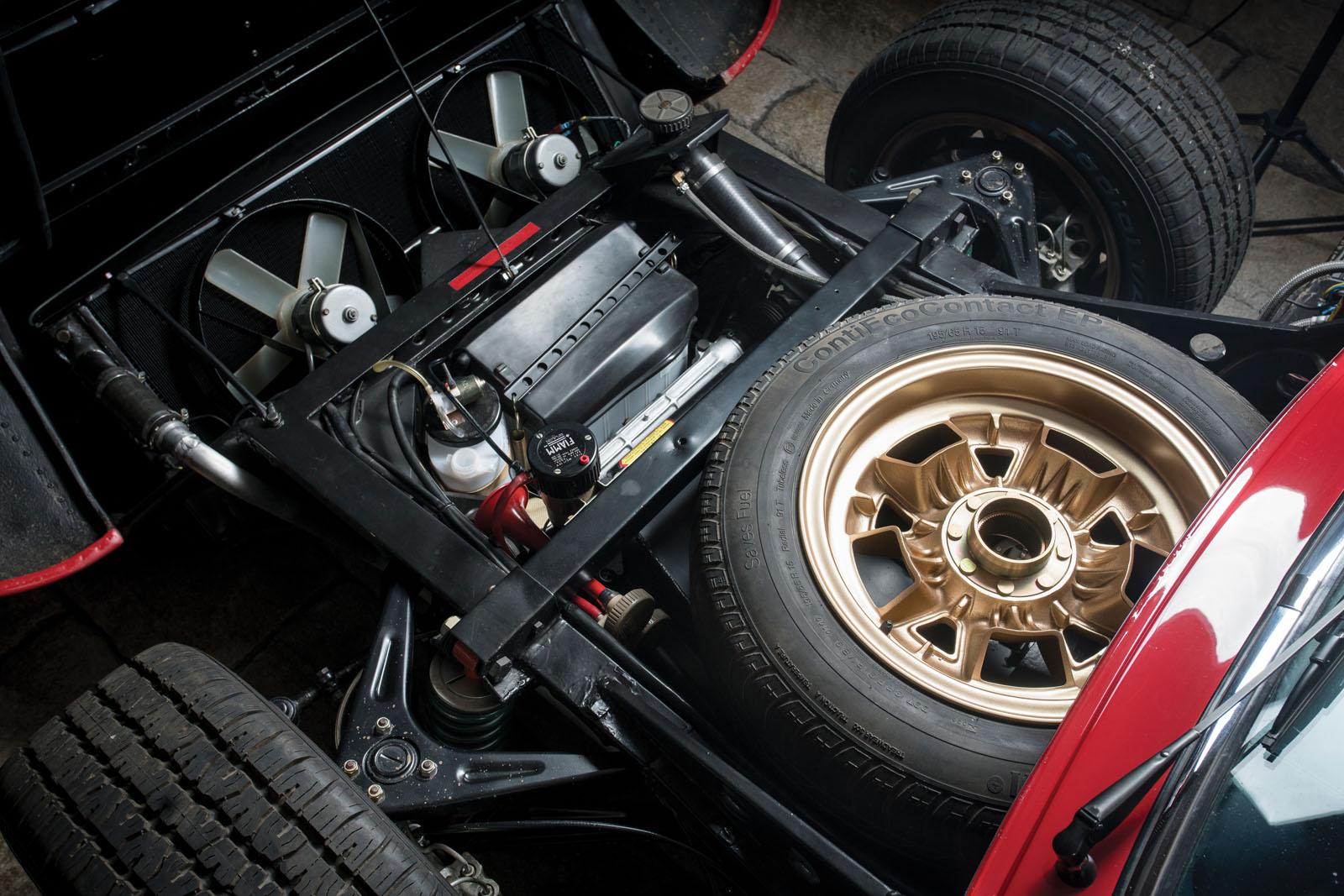 Lamborghini Miura SV in auction (16)