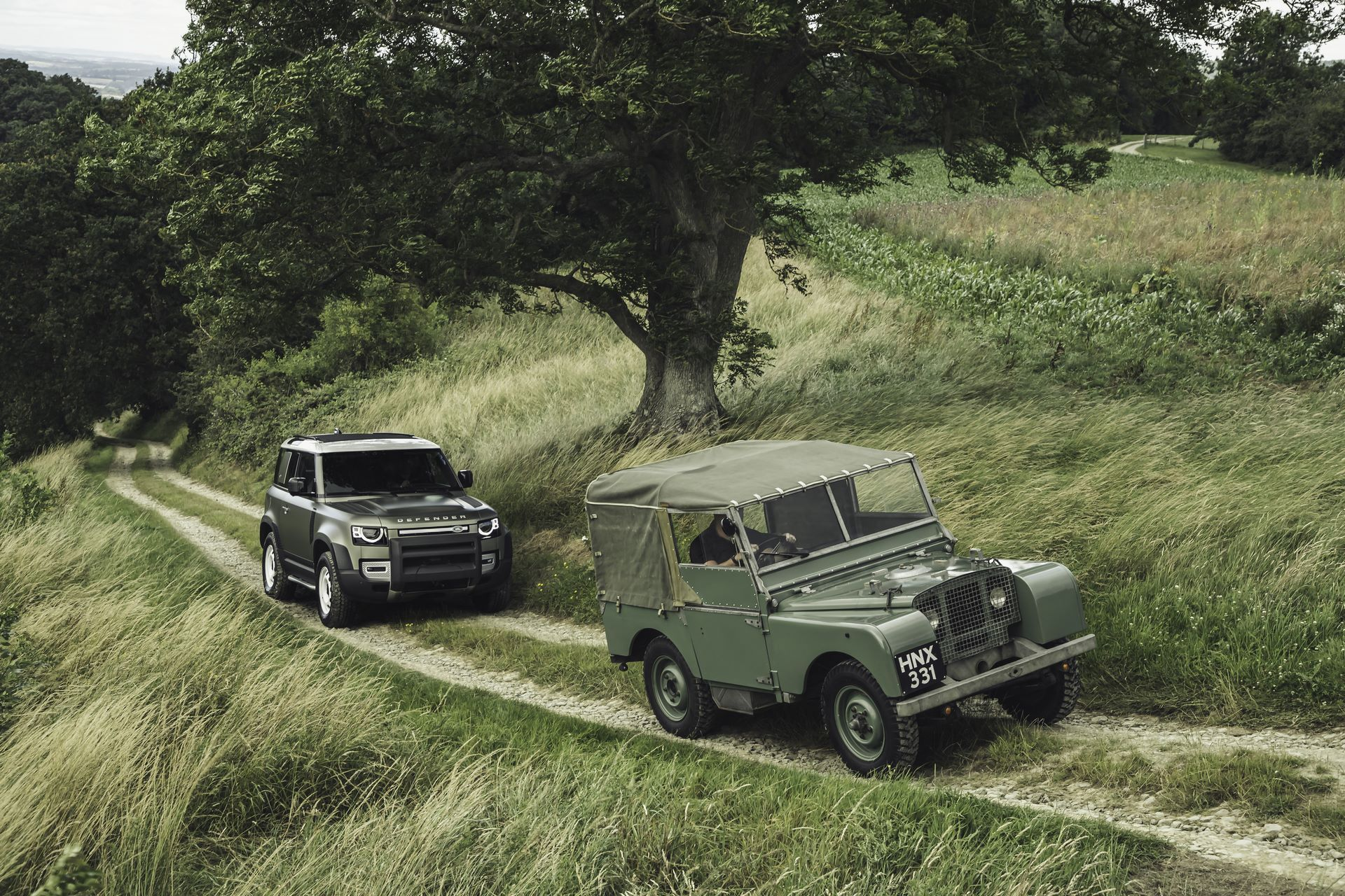Land-Rover-Defender-2020-123