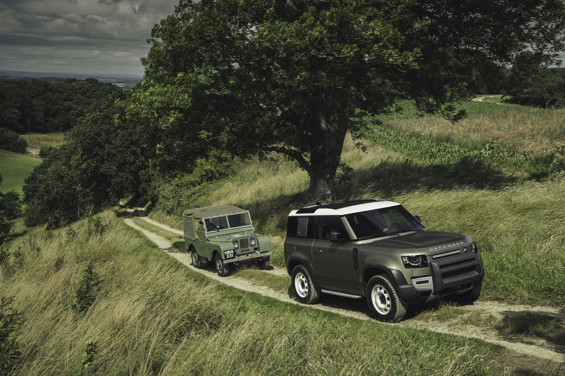 Land-Rover-Defender-2020-124