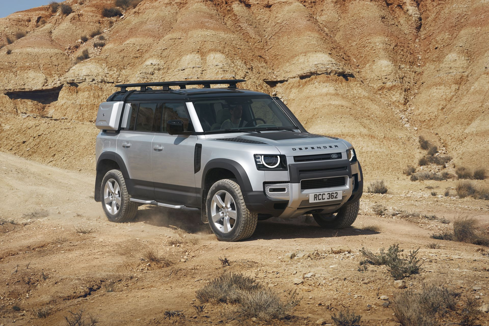 Land-Rover-Defender-2020-135
