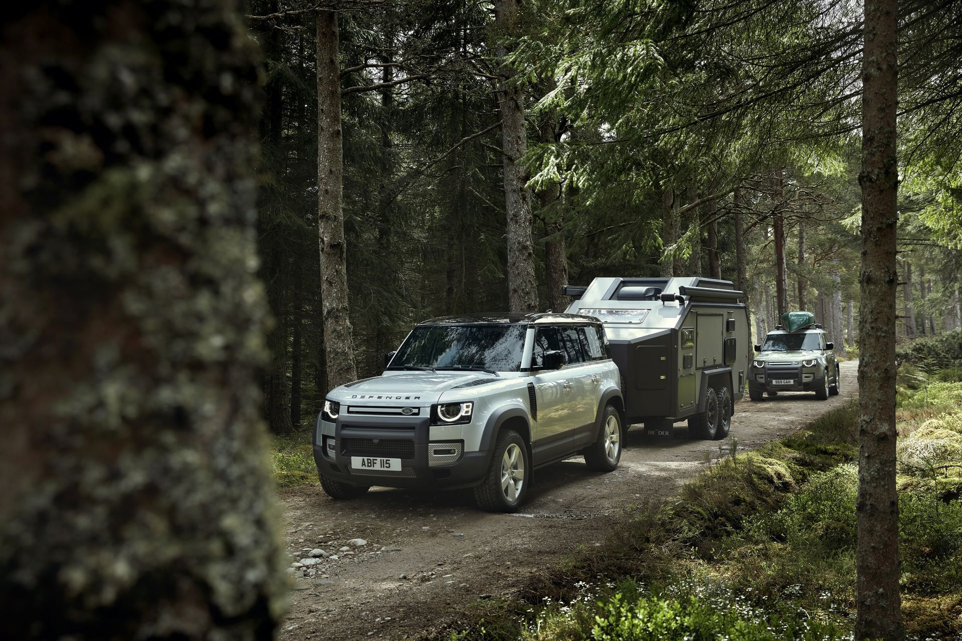 Land-Rover-Defender-2020-151