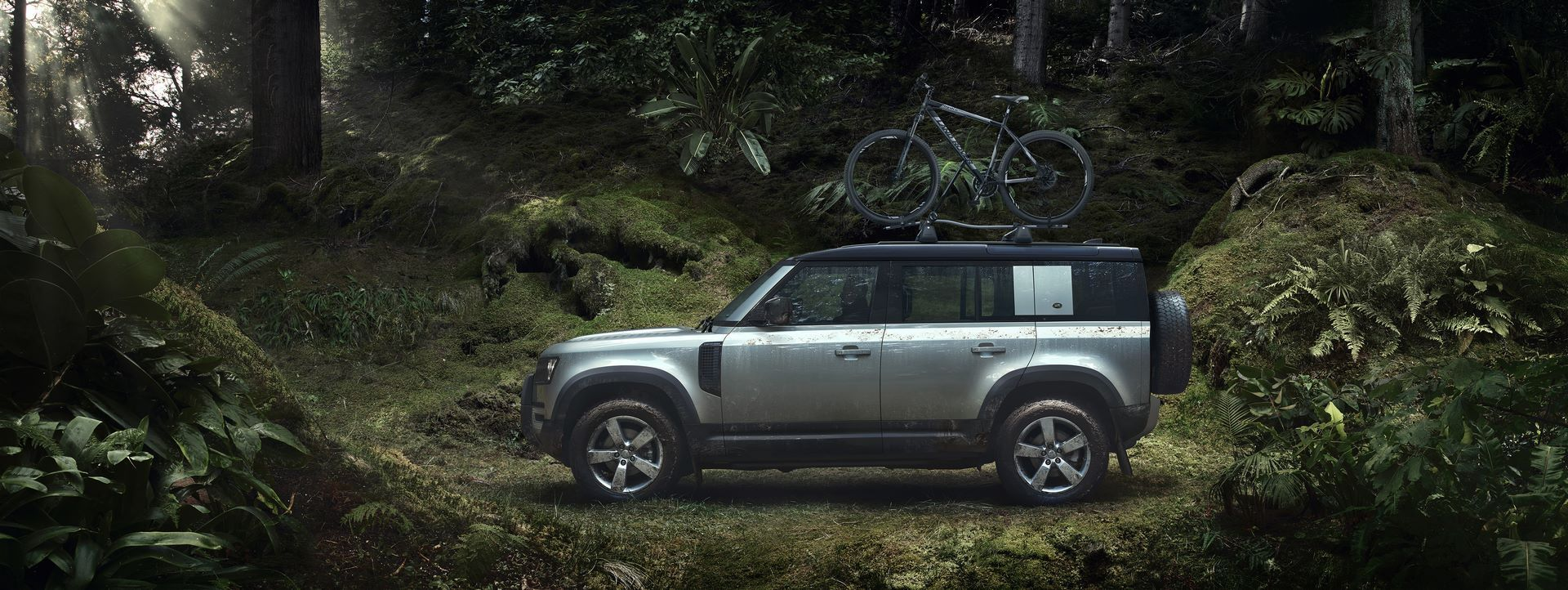 Land-Rover-Defender-2020-157