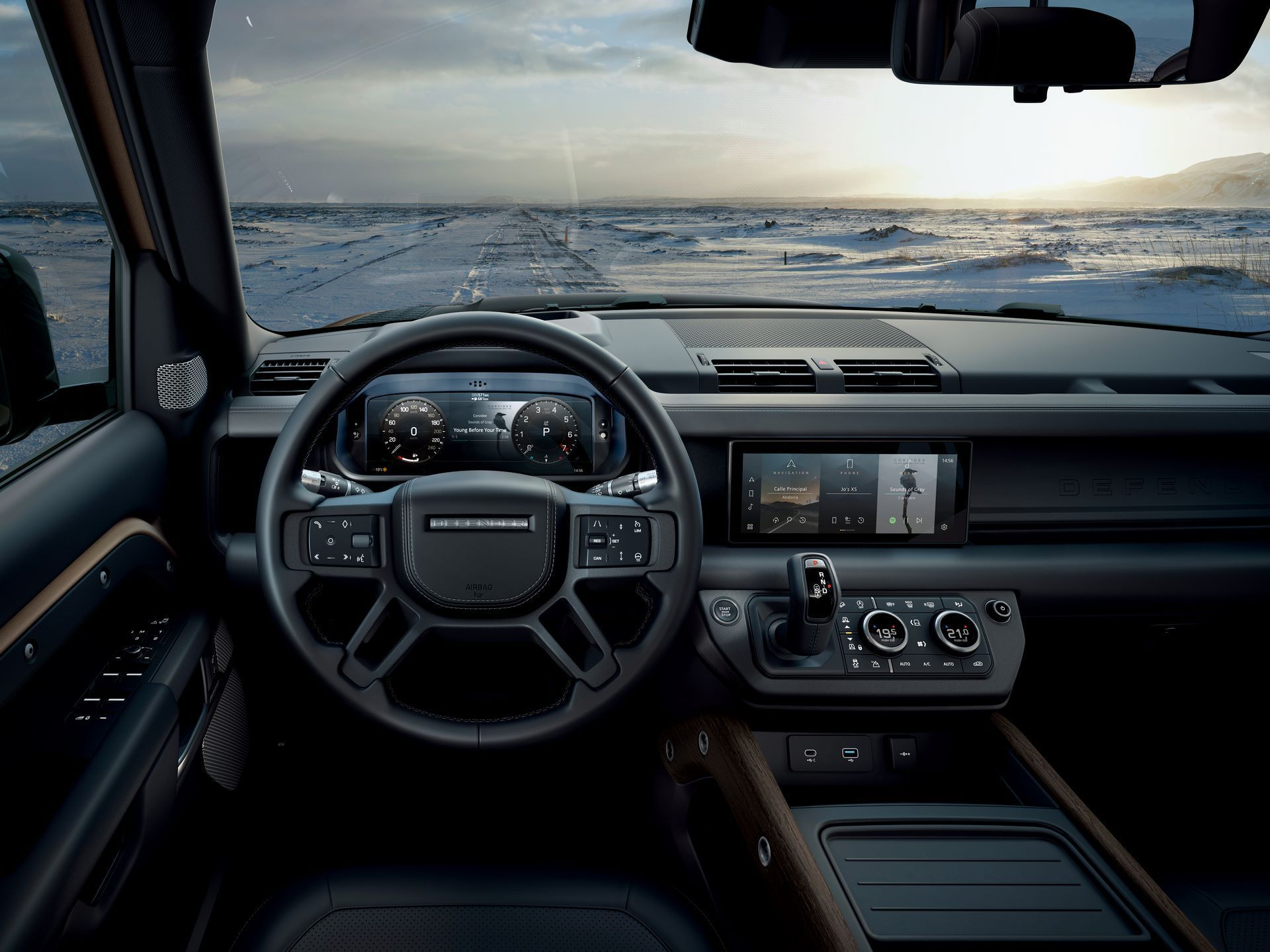 Land-Rover-Defender-2020-26