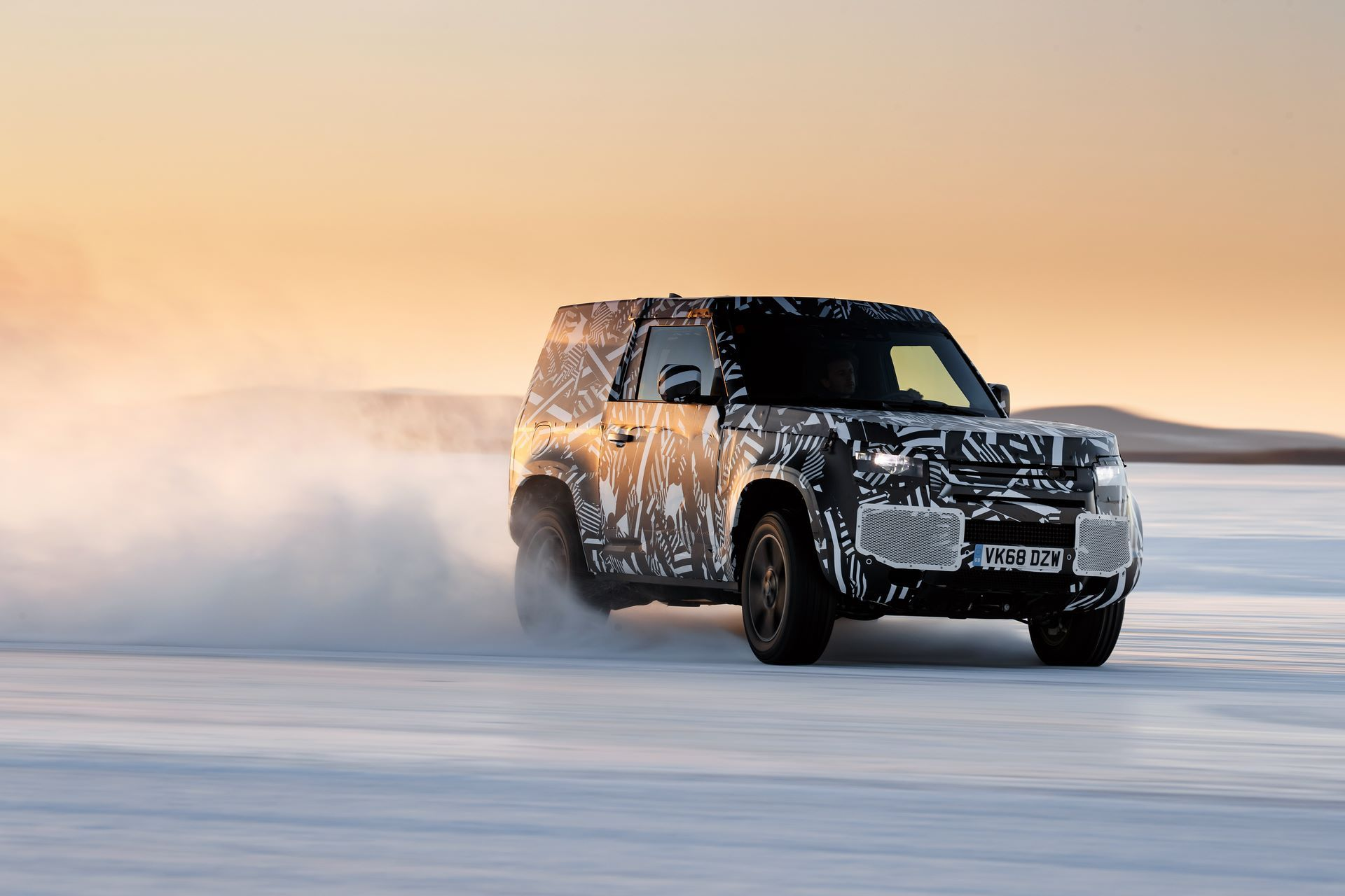 Land-Rover-Defender-2020-262