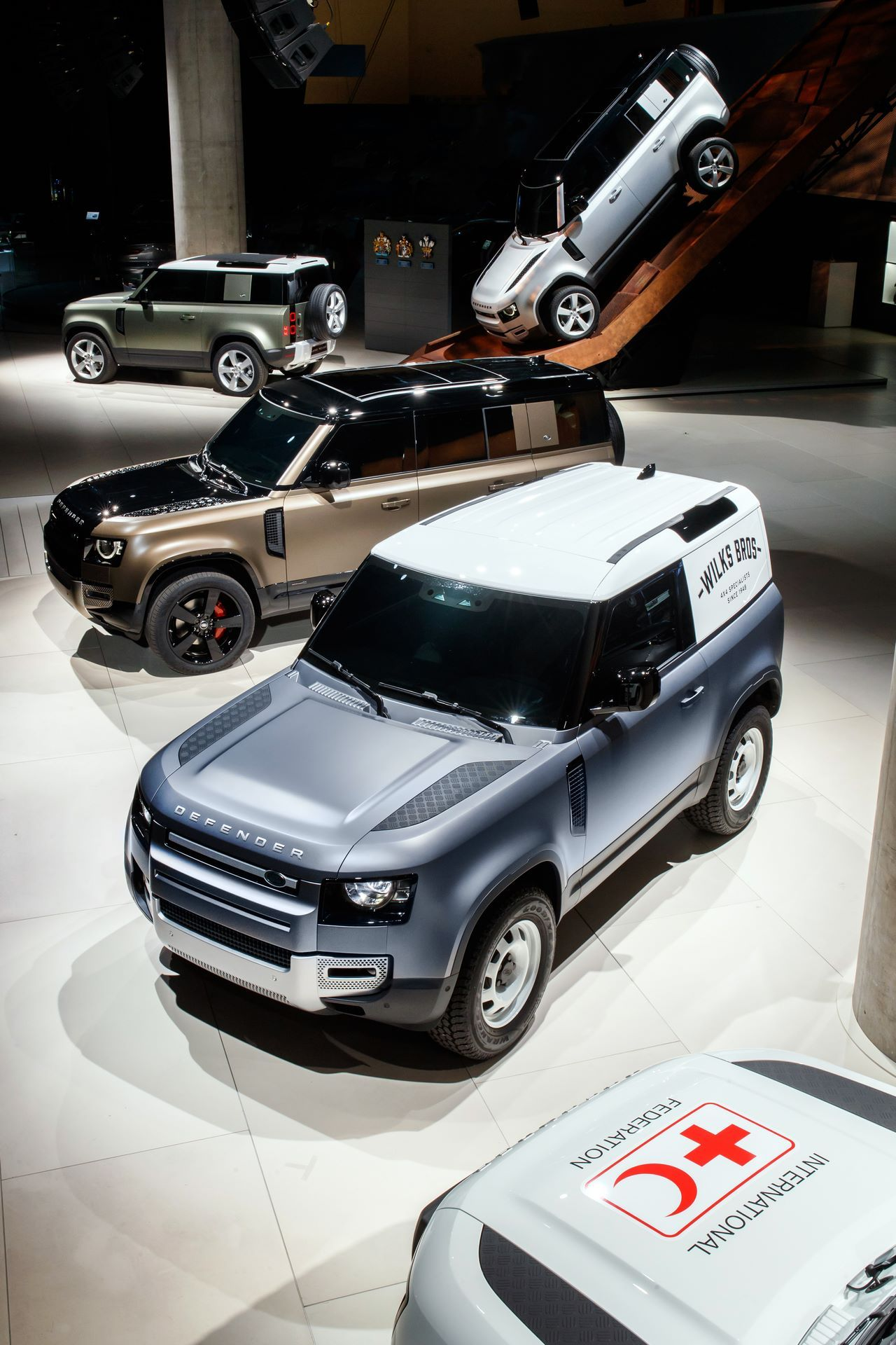 Land-Rover-Defender-2020-4