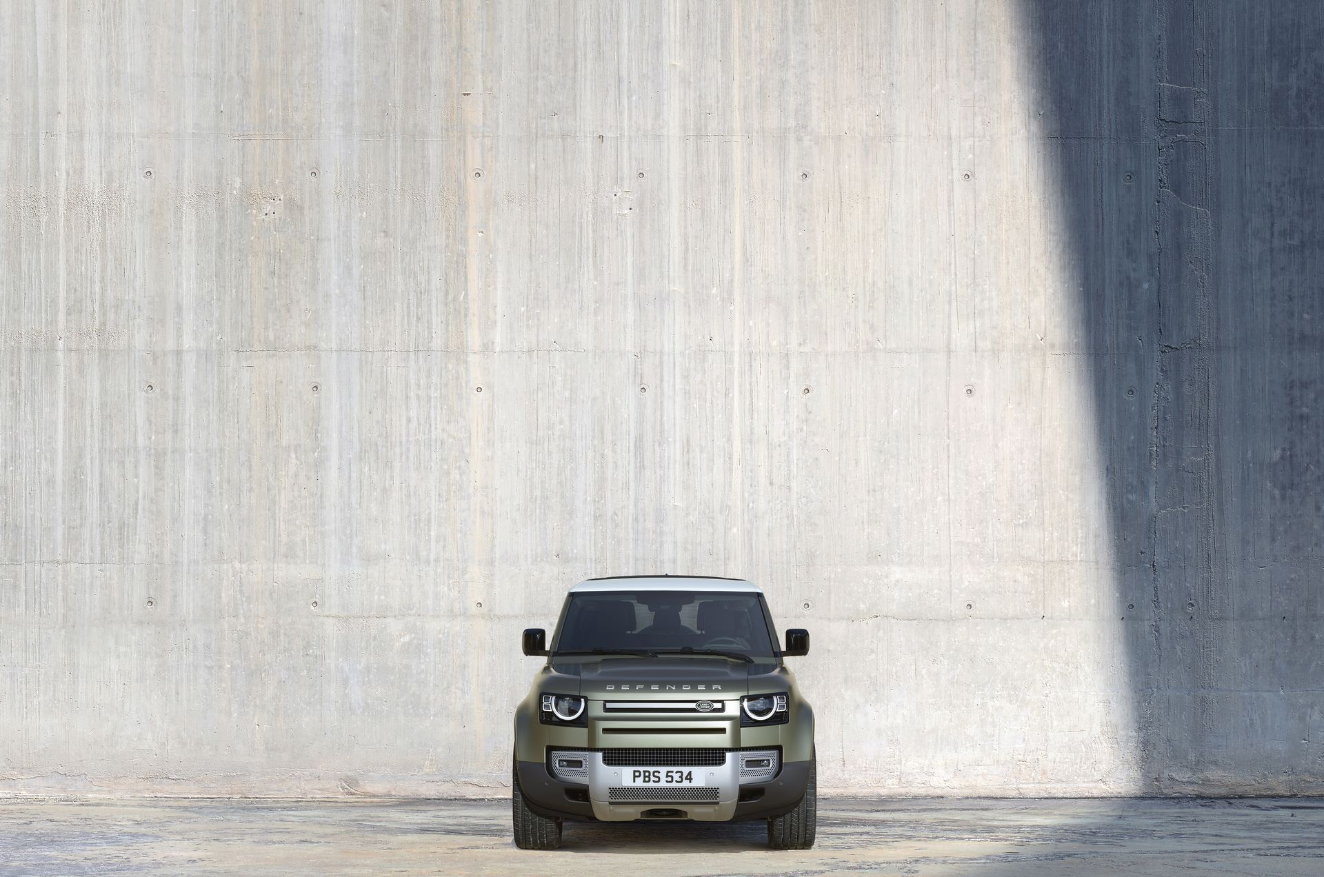 Land-Rover-Defender-2020-59