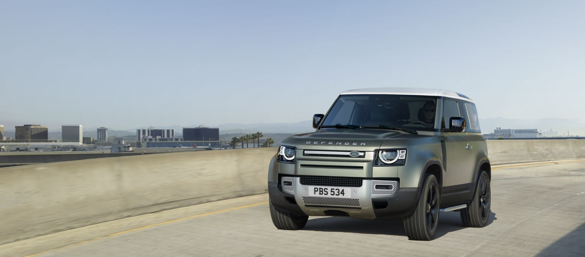 Land-Rover-Defender-2020-68