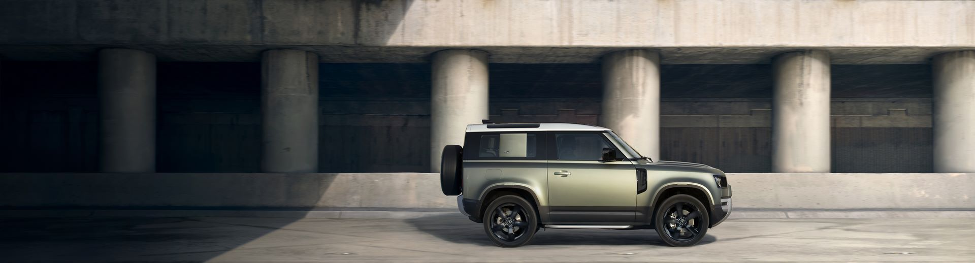 Land-Rover-Defender-2020-69