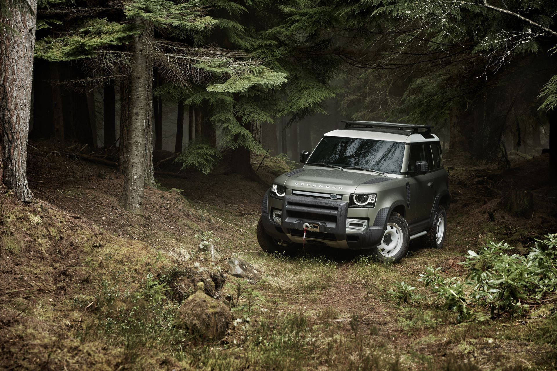 Land-Rover-Defender-2020-84