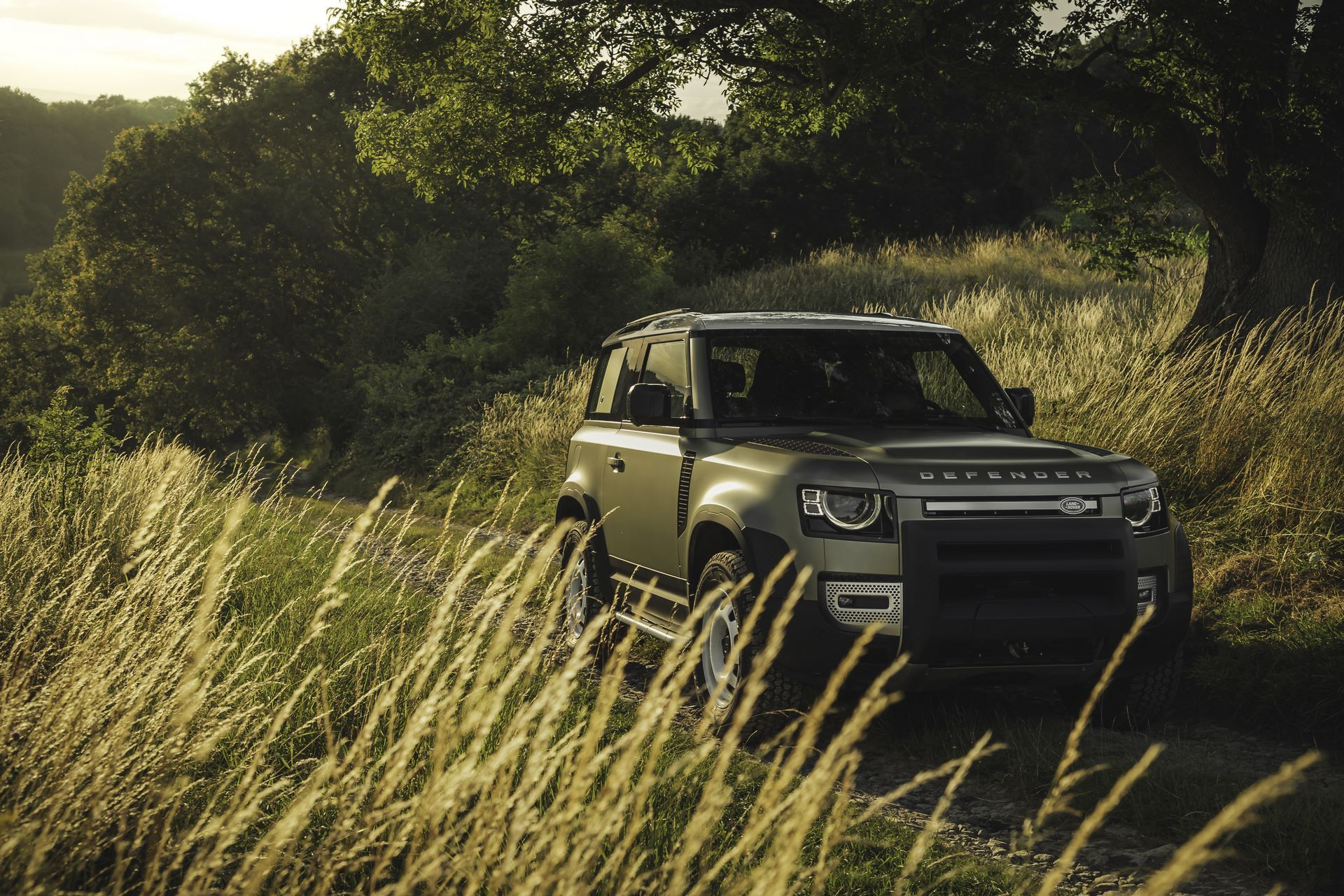 Land-Rover-Defender-2020-99