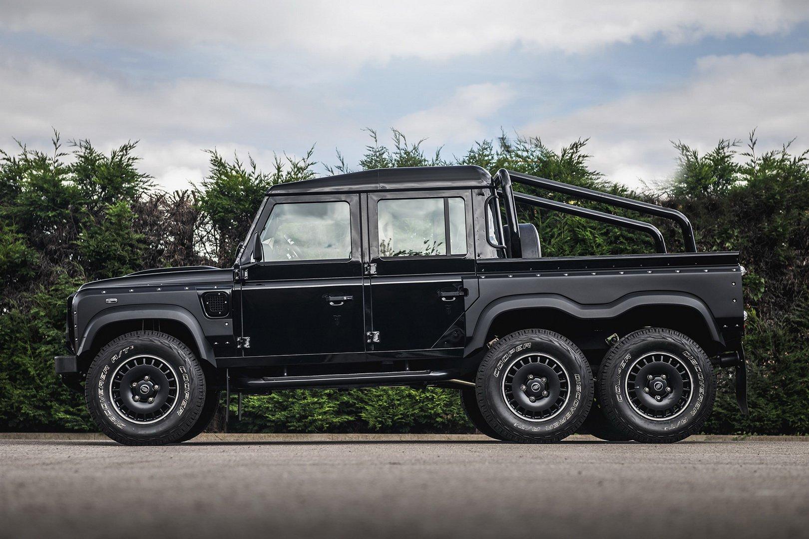 Land-Rover-Defender-Flying-Huntsman-6×6-10