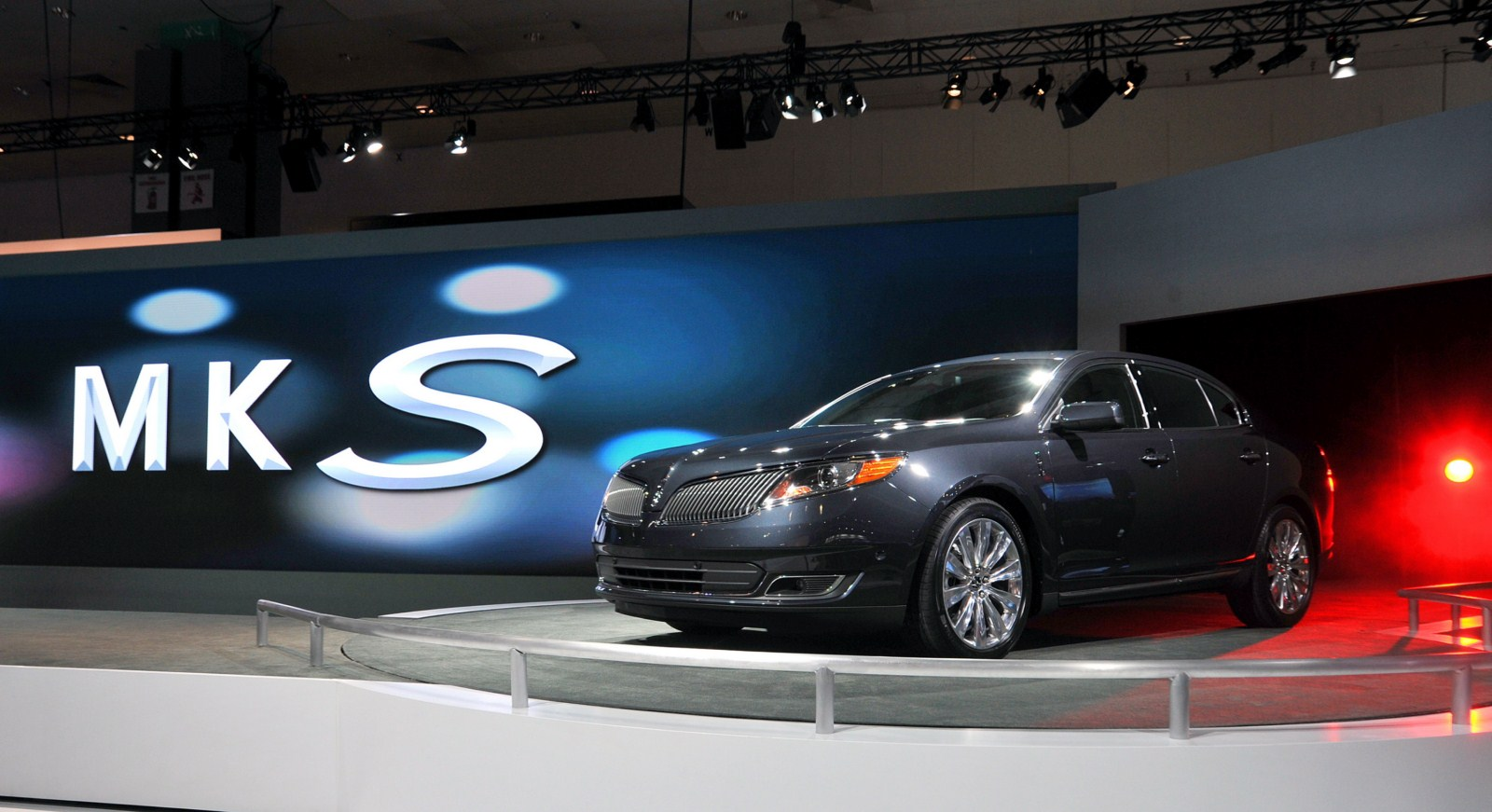 Lincoln Mks Livery Autoblog Gr