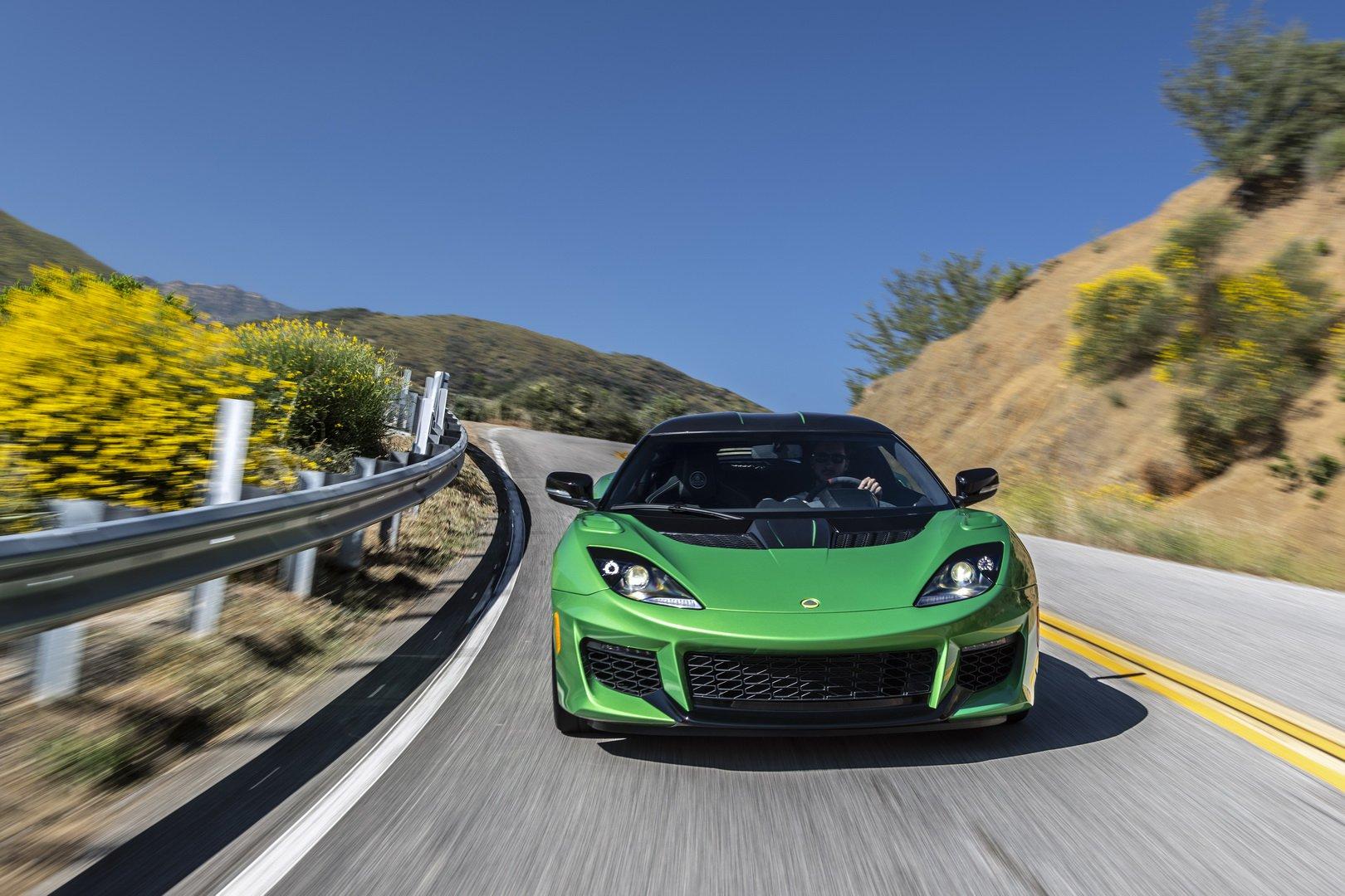 Lotus-Evora-GT-2020-10