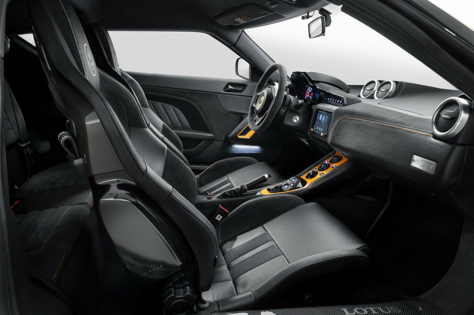 Lotus-Evora-GT-2020-3