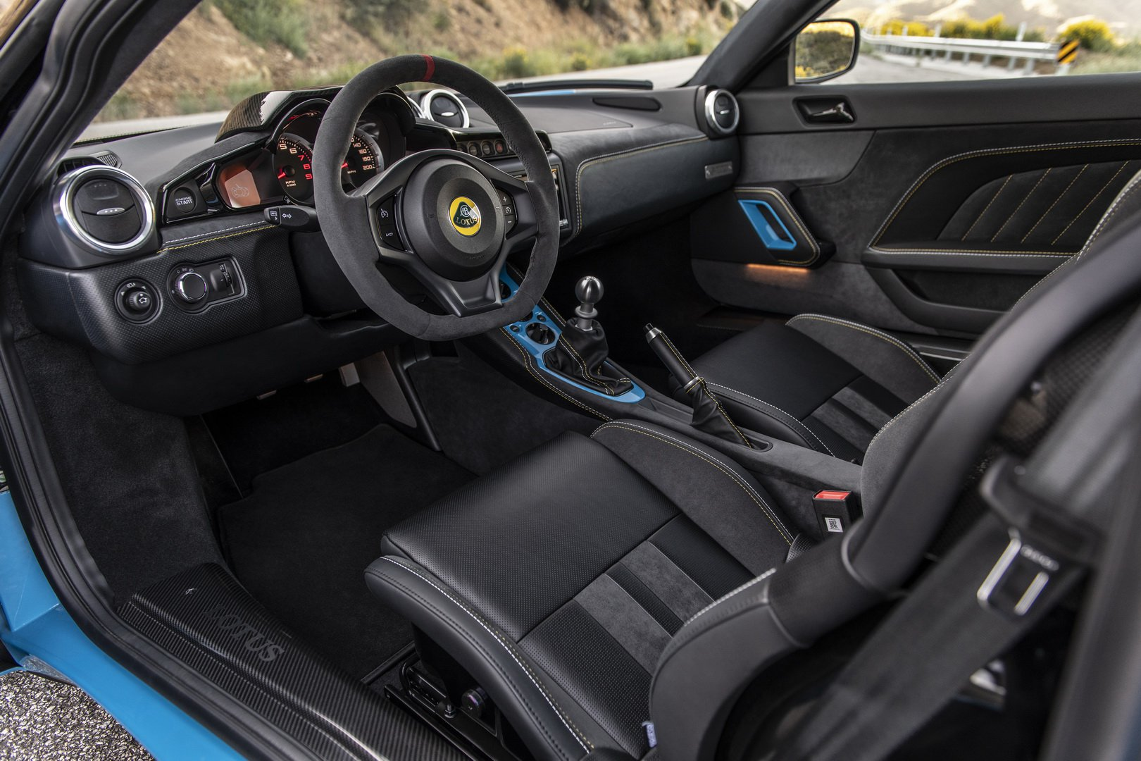 Lotus-Evora-GT-2020-8