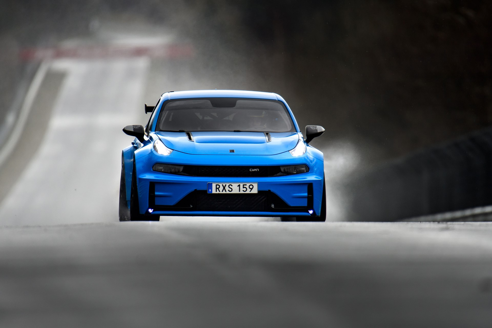 Lynk-Co-03-Cyan-Concept-Nurburgring-record-13