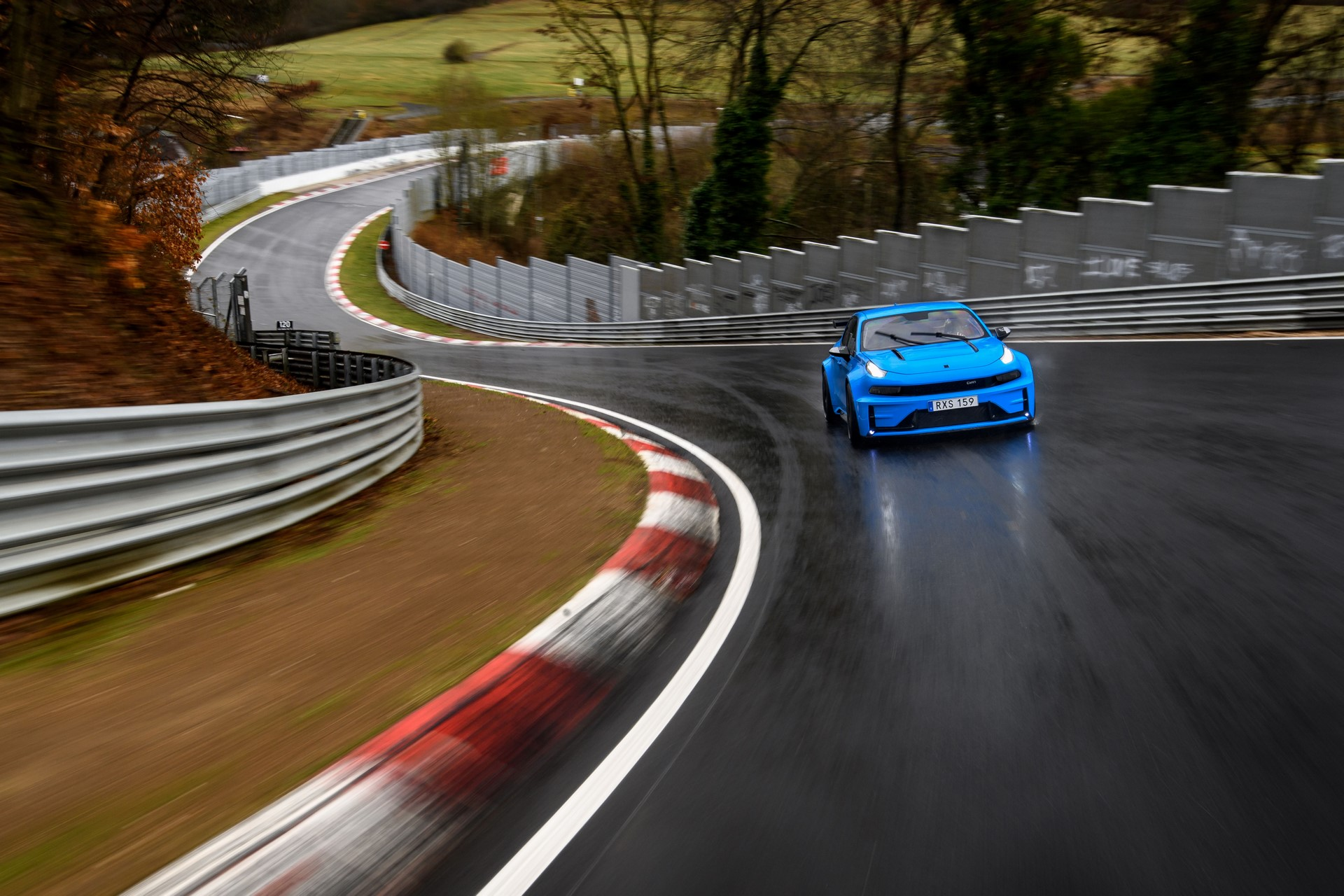 Lynk-Co-03-Cyan-Concept-Nurburgring-record-14