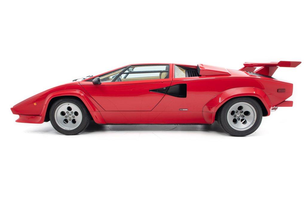 Lamborghini_Countach_Mario_Andretti_0004