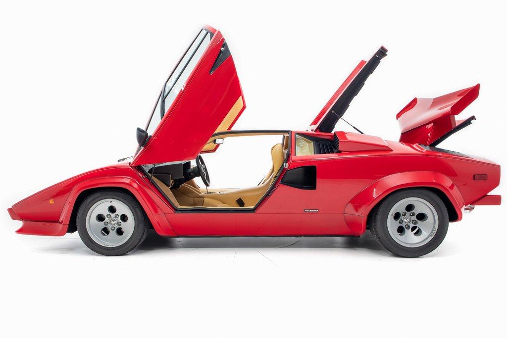 Lamborghini_Countach_Mario_Andretti_0005