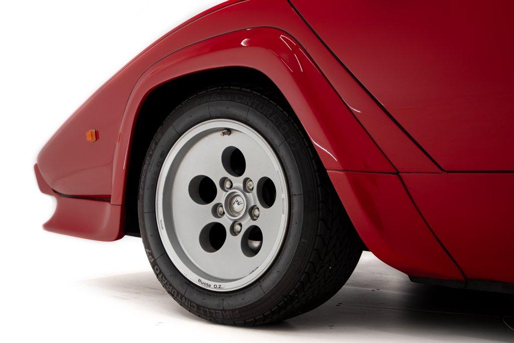 Lamborghini_Countach_Mario_Andretti_0012