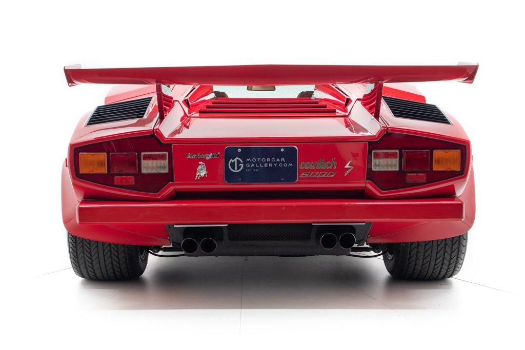 Lamborghini_Countach_Mario_Andretti_0014