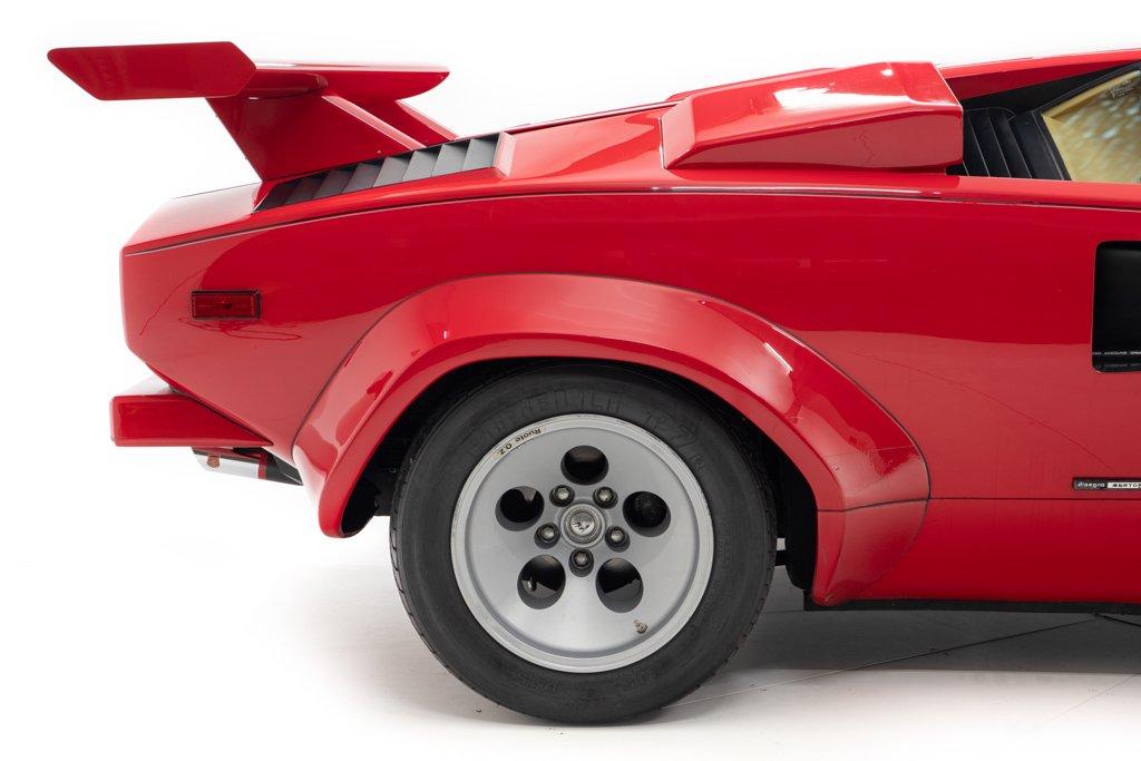 Lamborghini_Countach_Mario_Andretti_0018