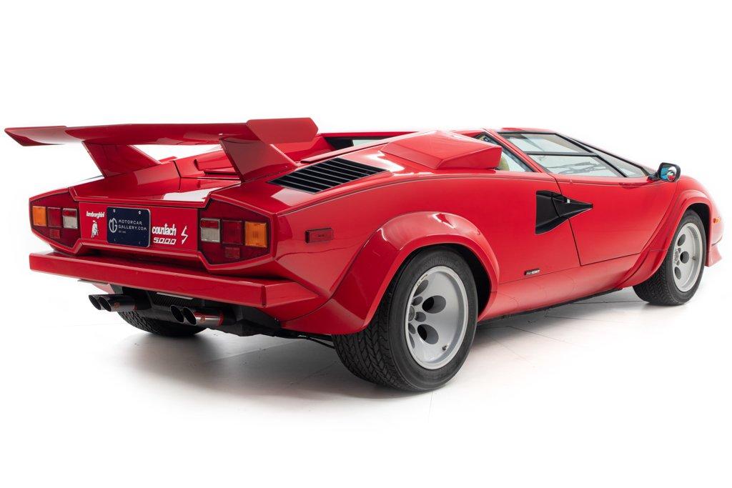Lamborghini_Countach_Mario_Andretti_0024
