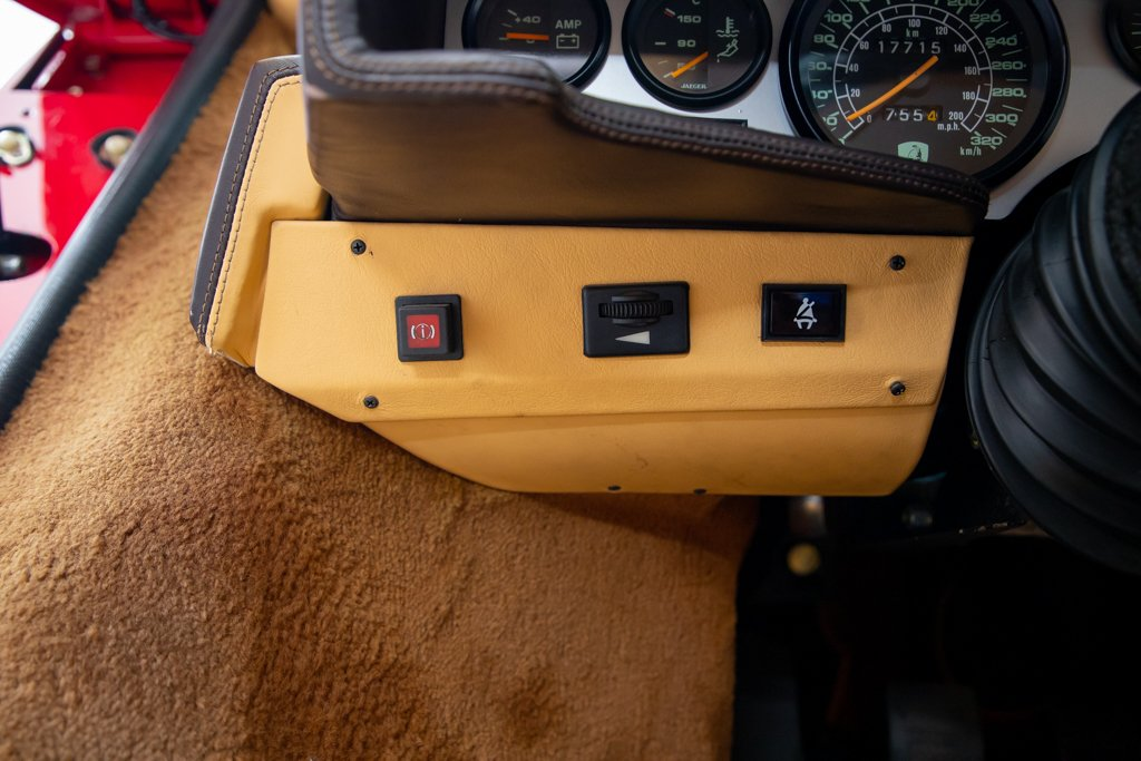 Lamborghini_Countach_Mario_Andretti_0029