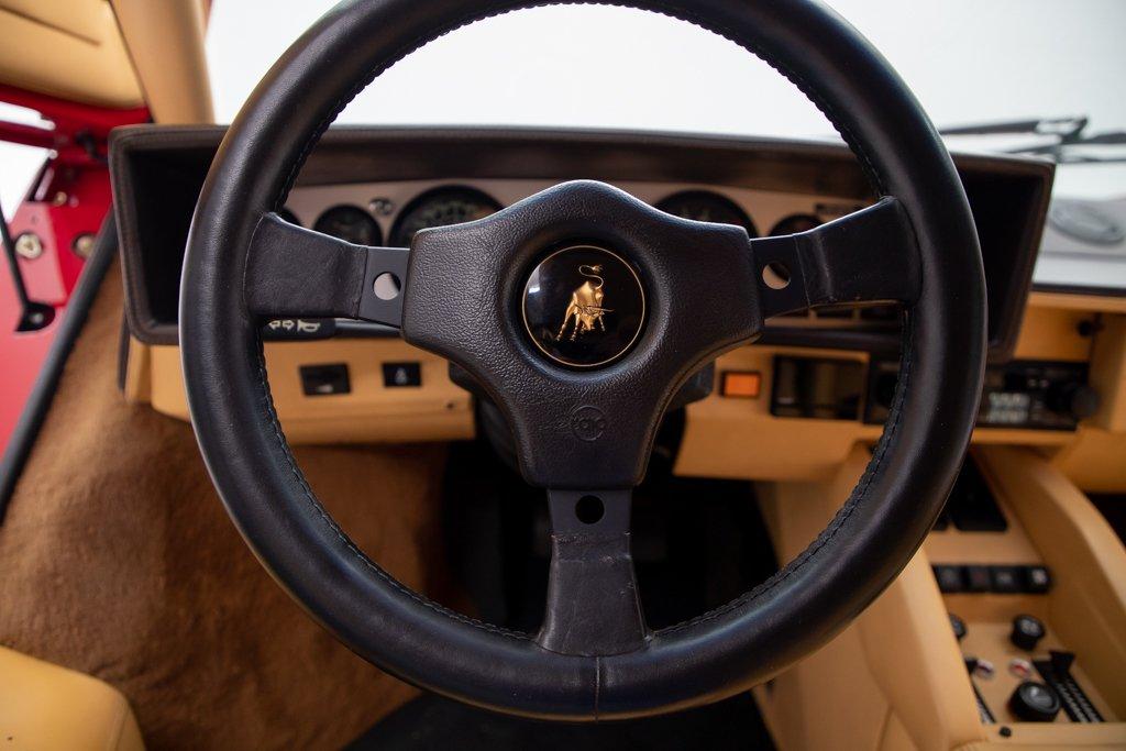 Lamborghini_Countach_Mario_Andretti_0034
