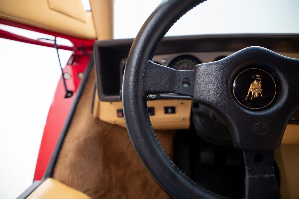 Lamborghini_Countach_Mario_Andretti_0036