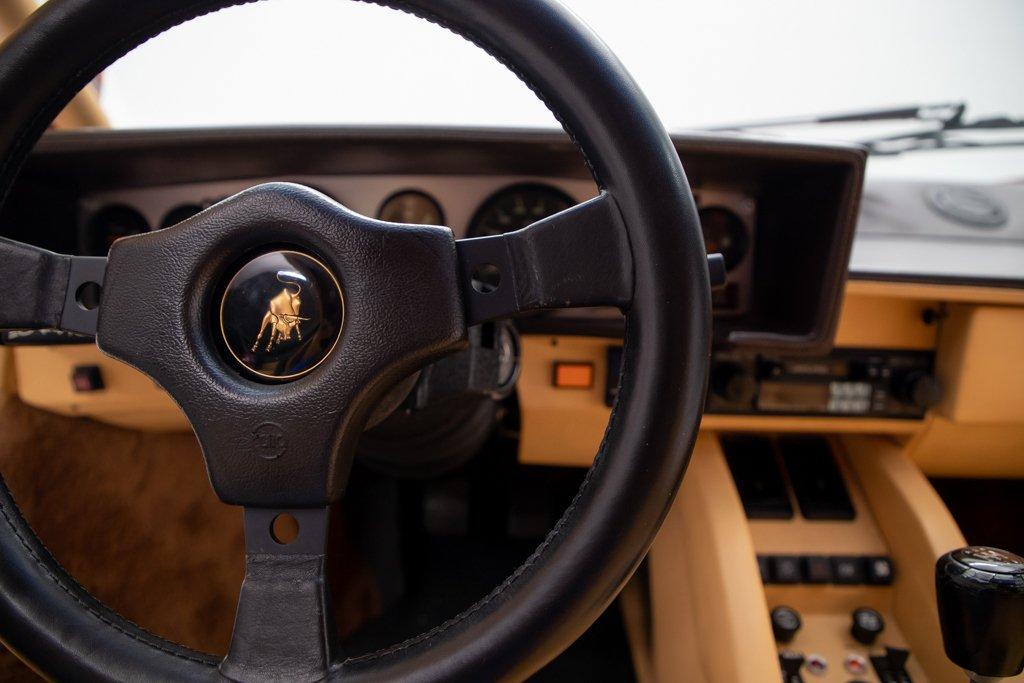 Lamborghini_Countach_Mario_Andretti_0039