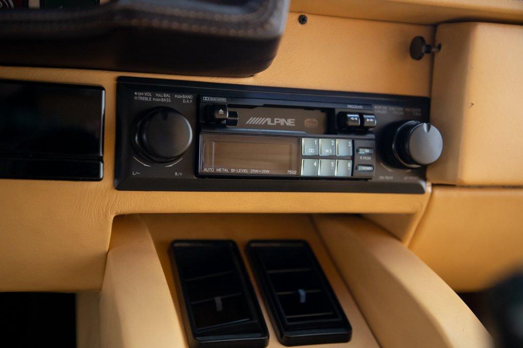 Lamborghini_Countach_Mario_Andretti_0040