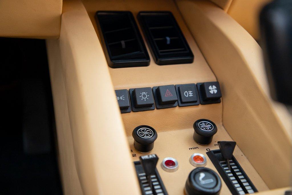 Lamborghini_Countach_Mario_Andretti_0043