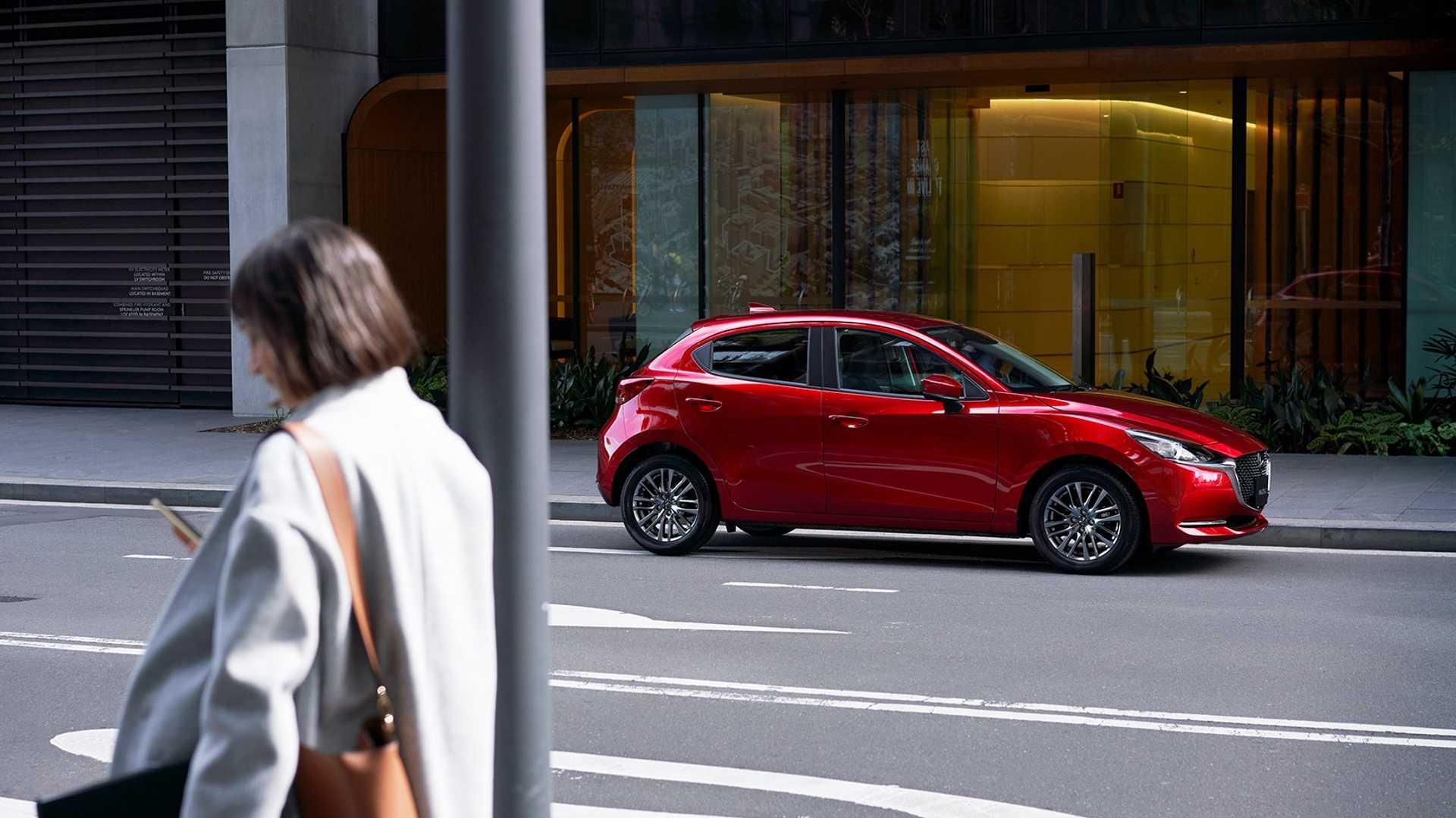 Mazda2_facelift_0003