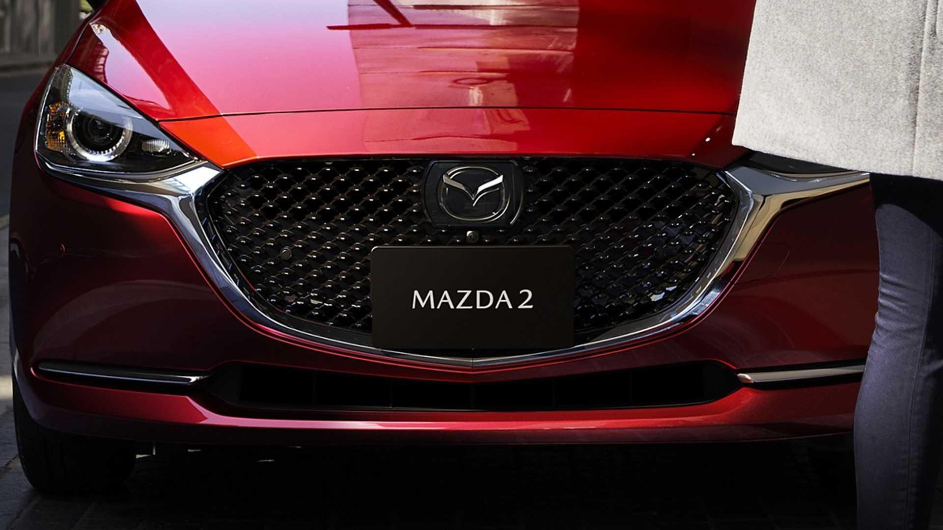 Mazda2_facelift_0005