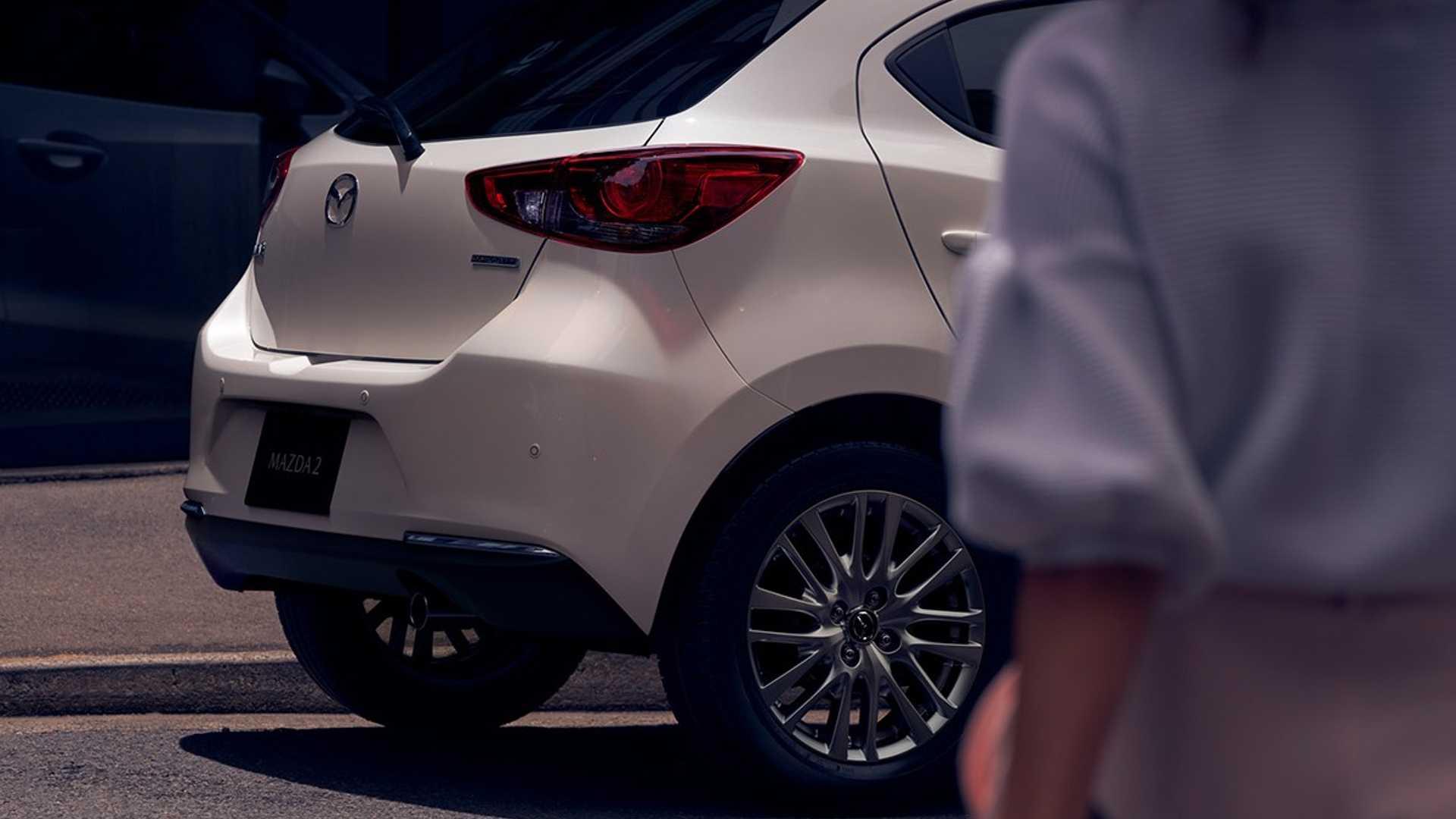 Mazda2_facelift_0006