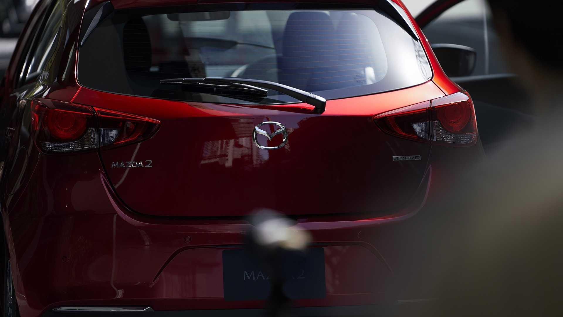 Mazda2_facelift_0008