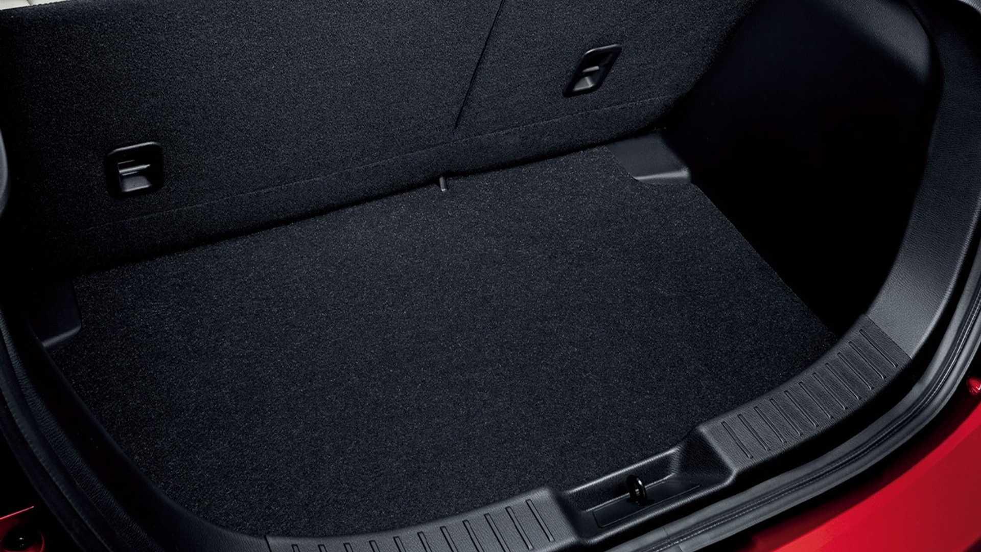 Mazda2_facelift_0026
