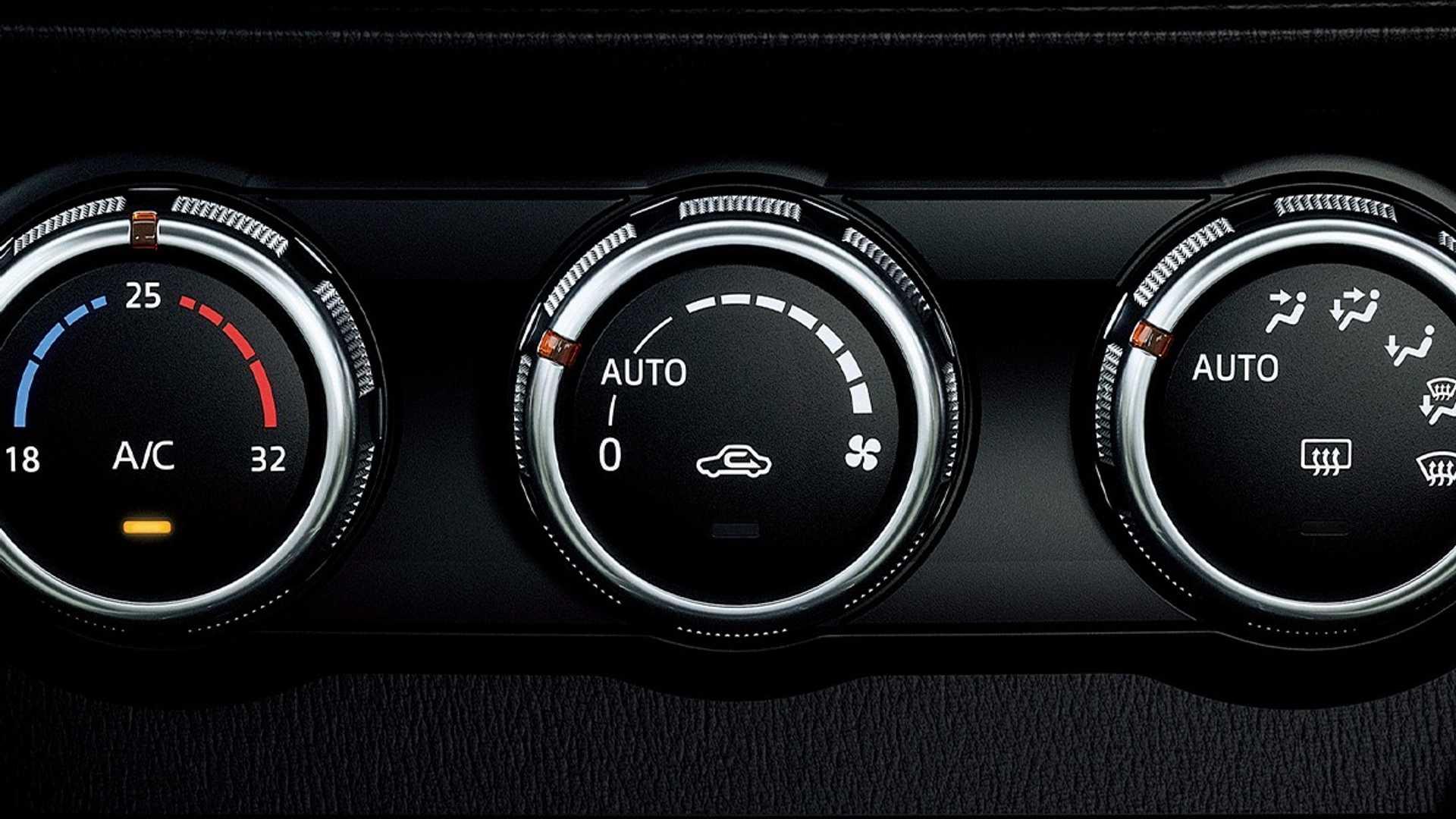 Mazda2_facelift_0029
