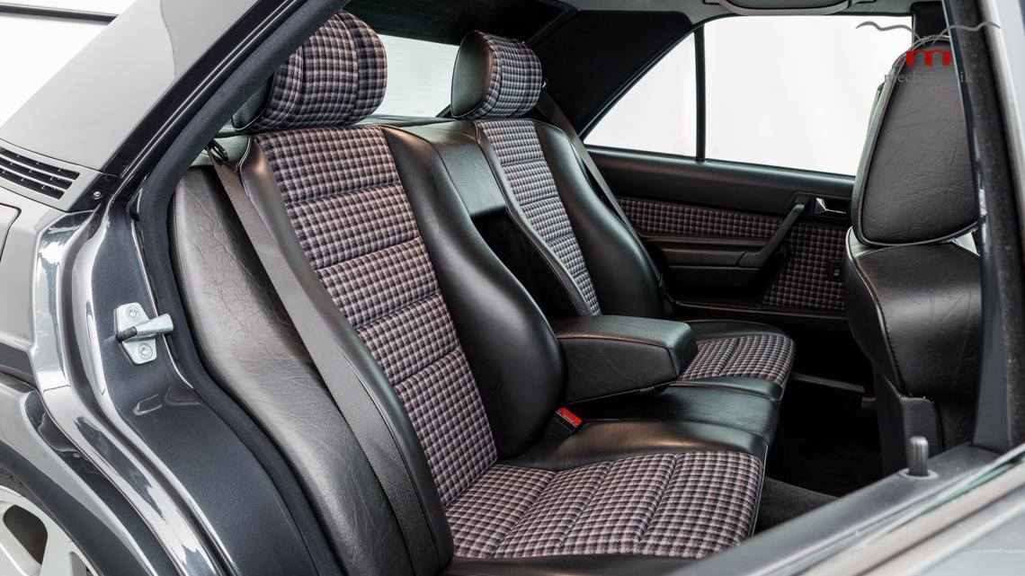 Mercedes_190E_2.5-16_Evo_II_0017