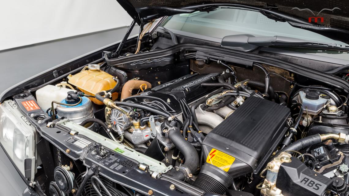 Mercedes_190E_2.5-16_Evo_II_0022