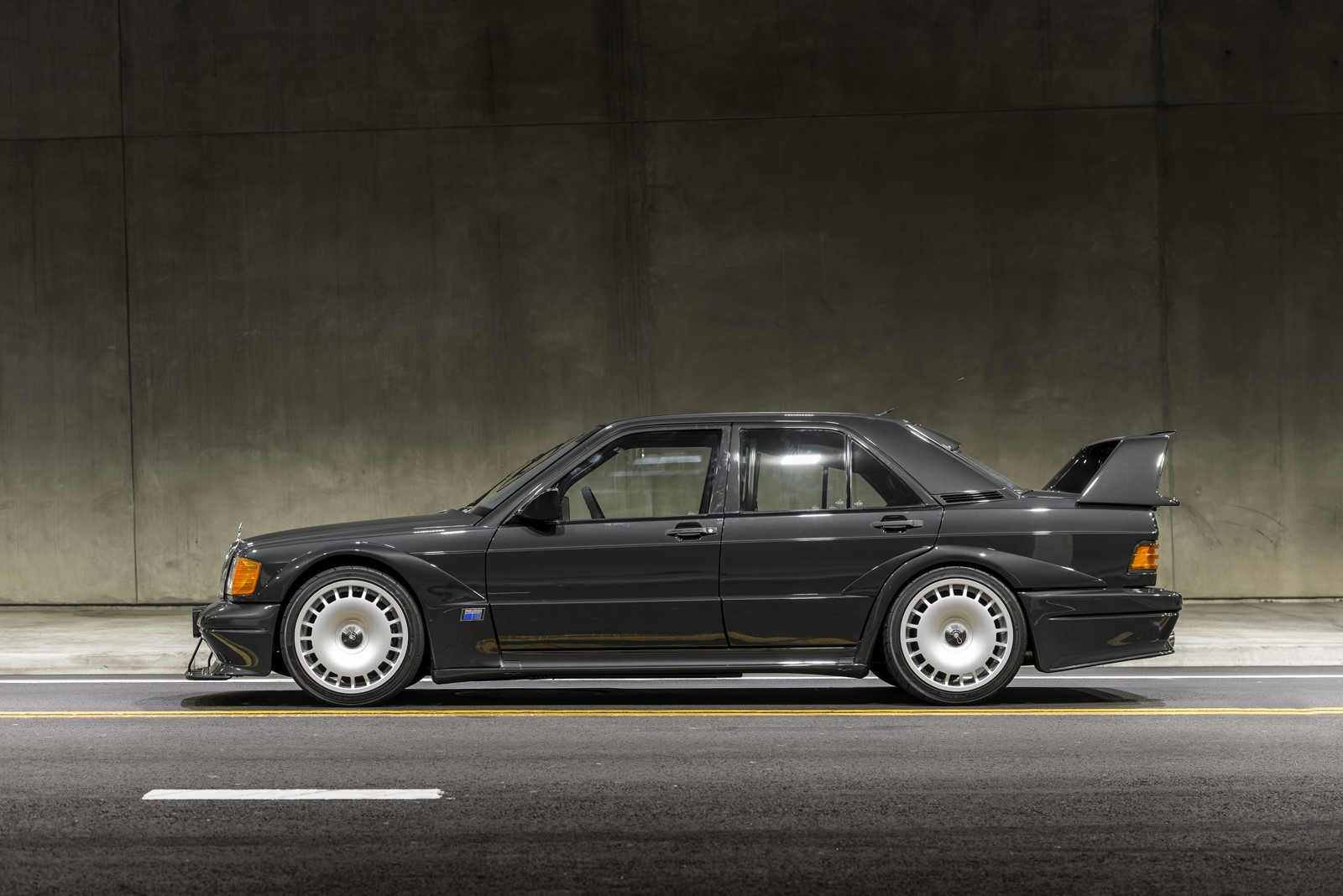 Mercedes 190E 2.5-16 Evo II in auction (8)