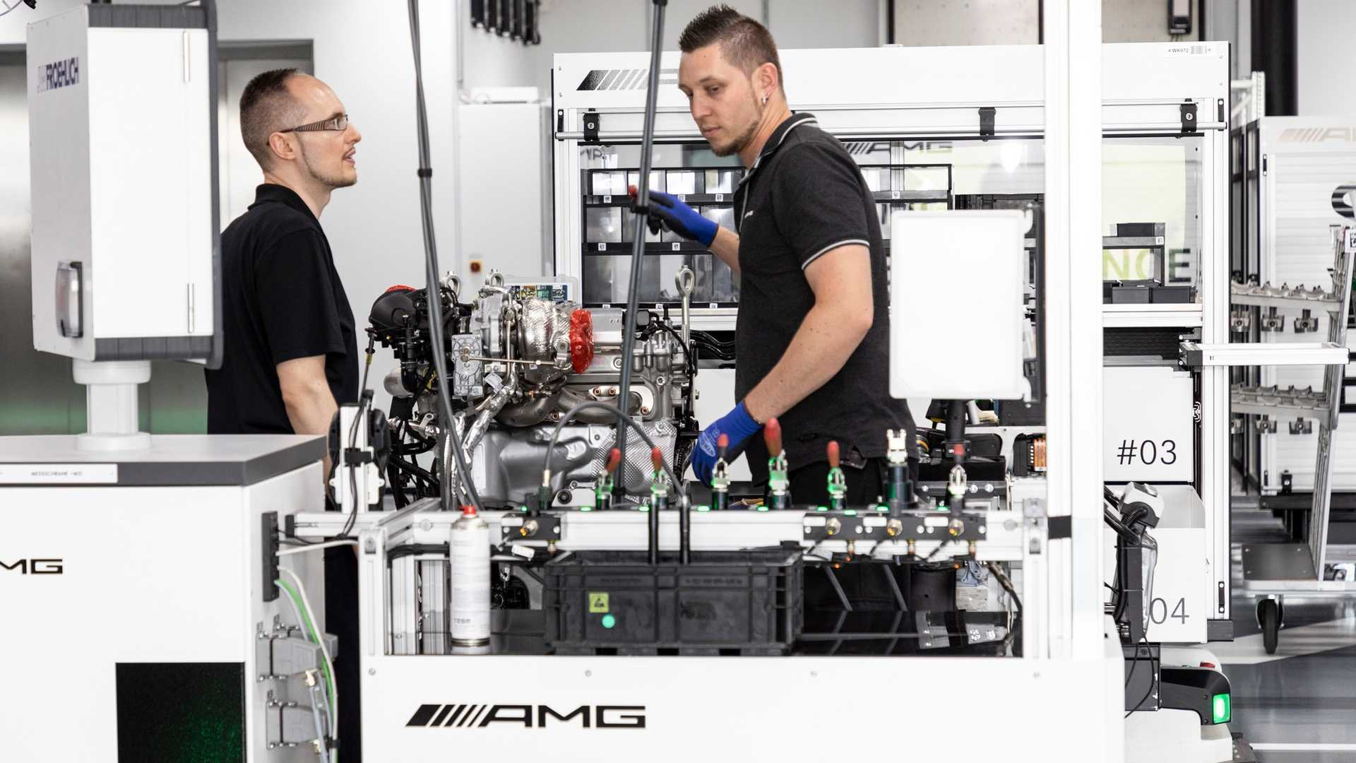mercedes-amg-m139-engine-27